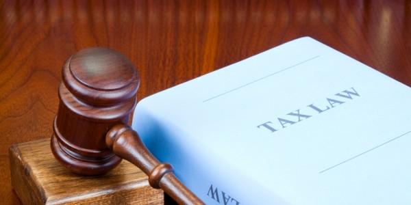 tax-lawyer